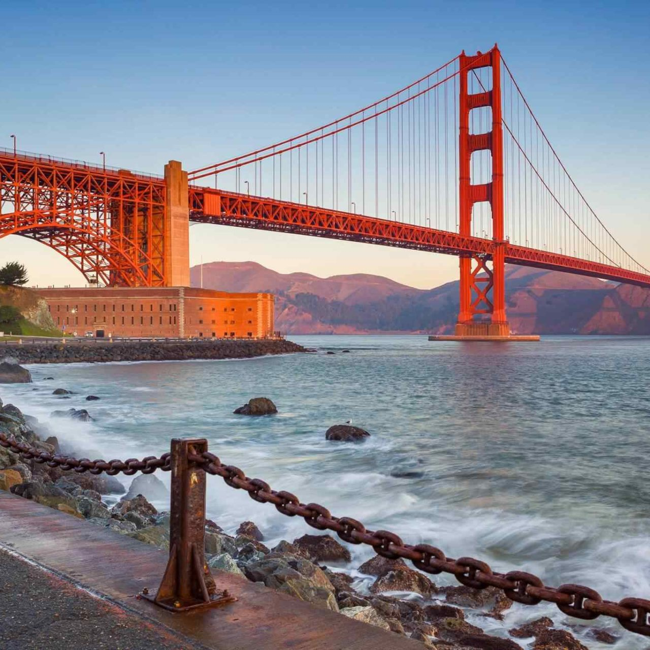 https://www.touripp.it/wp-content/uploads/2018/09/destination-san-francisco-01-1280x1280.jpg