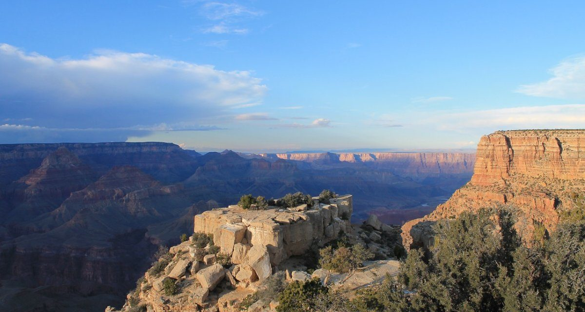 https://www.touripp.it/wp-content/uploads/2020/03/america-del-nord-grand-canyon-panorama-1200x640.jpg