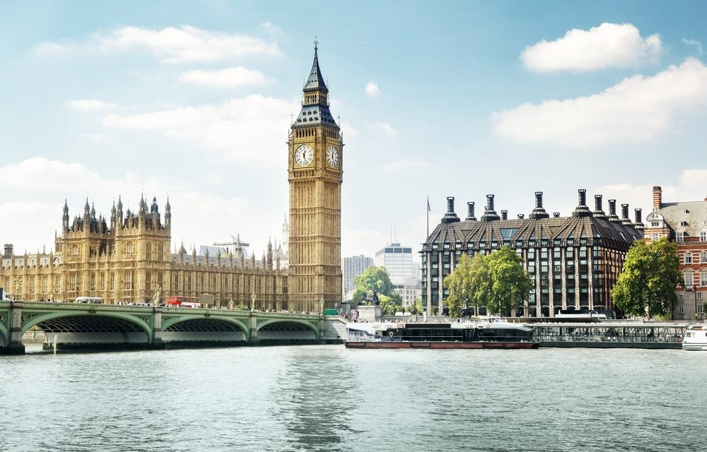 https://www.touripp.it/wp-content/uploads/2020/03/londra-big-ben-a-giornata-di-sole-1000x640.jpeg